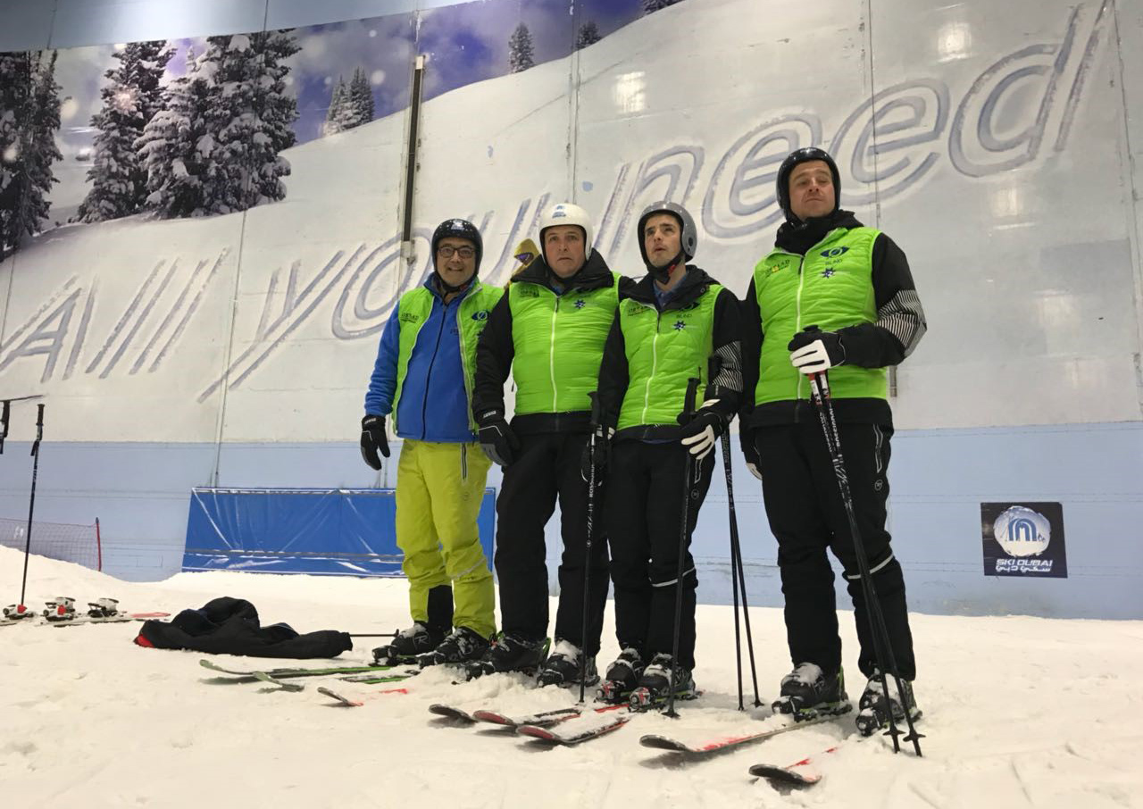 Blind skiers and their guides in Dubai